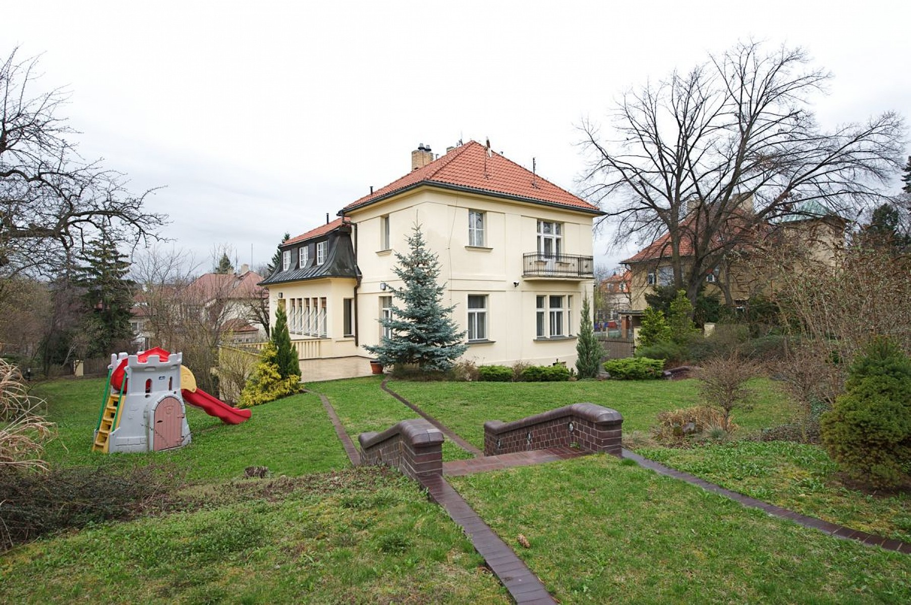 Bubenec, Bubeneč - Prague 6 | Sale, House Five-bedroom (6 + 1), 540 m2
